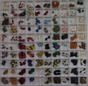 animal buttons (52K)